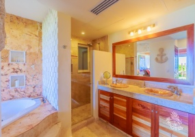 2 Bedrooms, Condo, For Rent, 2 Bathrooms, Listing ID 21247, Isla Mujeres, Quintana Roo, Mexico,