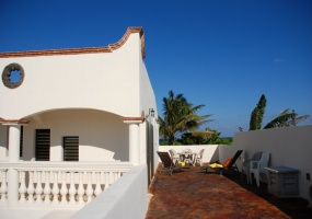 Isla Mujeres, Quintana Roo, Mexico, 4 Bedrooms Bedrooms, ,4 BathroomsBathrooms,House,For Sale,21256
