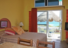 Isla Mujeres, Quintana Roo, Mexico, 4 Bedrooms Bedrooms, ,4 BathroomsBathrooms,House,For Sale,21273