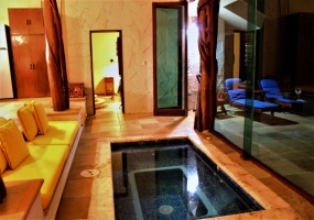 4 Bedrooms, House, For Sale, 4 Bathrooms, Listing ID 21279, Isla Mujeres, Quintana Roo, Mexico,