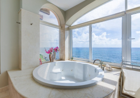 Isla Mujeres, Quintana Roo, Mexico, 4 Bedrooms Bedrooms, ,4 BathroomsBathrooms,Condo,For Sale,21296