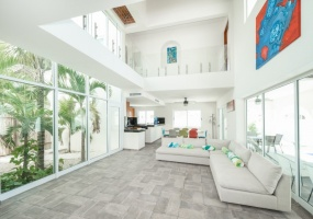 Isla Mujeres, Quintana Roo, Mexico, 8 Bedrooms Bedrooms, ,8 BathroomsBathrooms,House,For Sale,21309