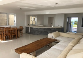 Isla Mujeres, Quintana Roo, Mexico, 3 Bedrooms Bedrooms, ,3 BathroomsBathrooms,Condo,For Sale,21313