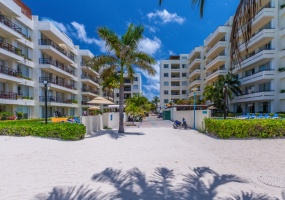 Isla Mujeres, Quintana Roo, Mexico, 2 Bedrooms Bedrooms, ,2 BathroomsBathrooms,Condo,For Sale,21340