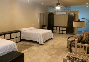 Isla Mujeres, Quintana Roo, Mexico, 2 Bedrooms Bedrooms, ,2 BathroomsBathrooms,House,For Sale,21344