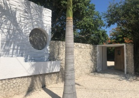 Isla Mujeres, Quintana Roo, Mexico, ,3 BathroomsBathrooms,Commercial,For Sale,21345