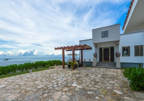 Isla Mujeres, Quintana Roo, Mexico, 4 Bedrooms Bedrooms, ,5 BathroomsBathrooms,House,For Sale,21392