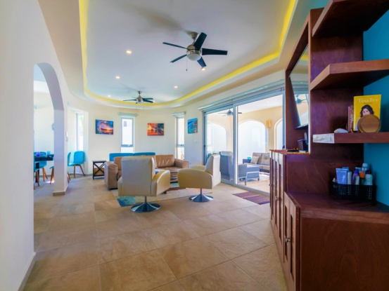 Isla Mujeres, Quintana Roo, Mexico, 4 Bedrooms Bedrooms, ,4 BathroomsBathrooms,House,For Sale,21438