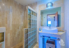 2 Bedrooms, Condo, For Sale, 2 Bathrooms, Listing ID 78, Isla Mujeres, Quintana Roo, Mexico,